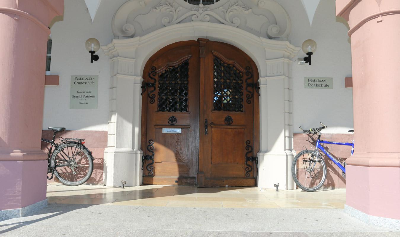 Pestalozzi Grundschule Freiburg - Haupteingang